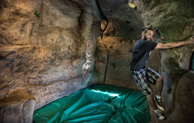 HANG OUT IN THE BOULDERING CAVE